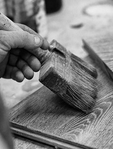 Imagen que muestra cómo aceitar los suelos de madera WINco después de su instalación