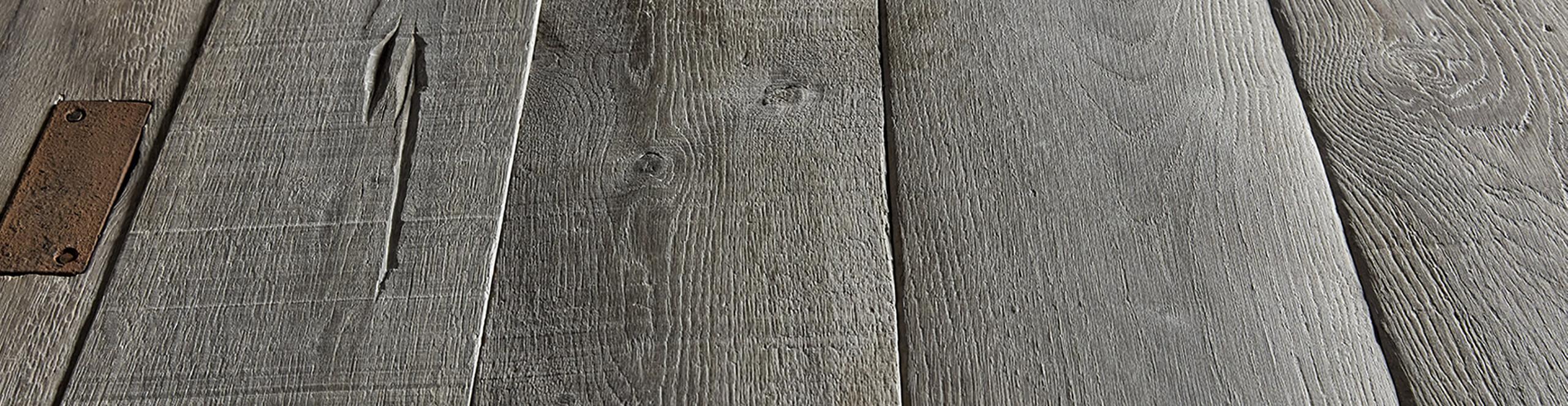 Imagen de un detalle de los suelos de madera de WINco con fácil mantenimiento
